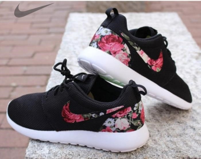 Roshe Run Custom Floral